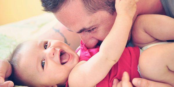 4 Sfaturi pentru taticii care doresc sa construiasca o relatie puternica cu copilul lor